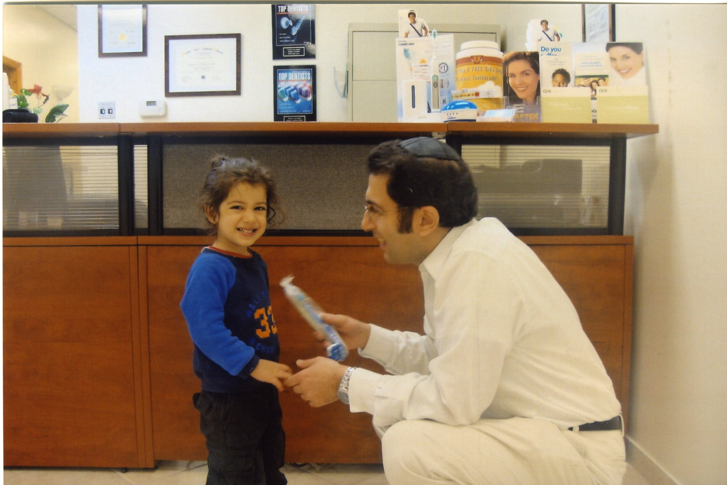 Dr Kashani Is A Graduate Of New York University Dental School Class 2000 While At Yeshiva Earned BA In Biology